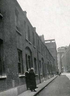 The line of cottages in Buck's Row..