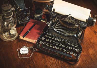 An old-fashioned typewriter.
